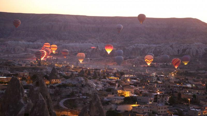 Sıcak hava balonunda hedef 600 bin uçuş