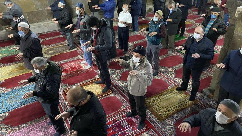 İç Anadolu'da cuma namazında yağmur duası