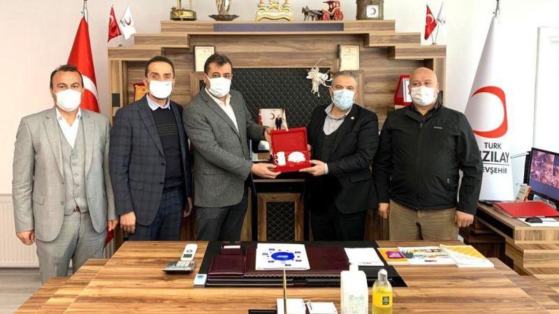Ak Parti Merkez İlçe Yönetim Kurulundan Kızılay'a Anlamlı Ziyaret