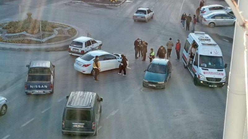 Ürgüp Nevşehir Yolu Üzerinde 2 Araç Birbirine Çarptı