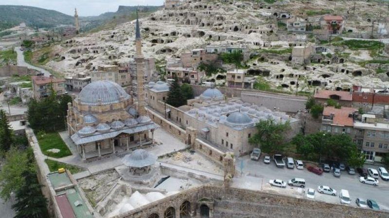 Nevşehir'de Cuma Hutbesinde Zor Zamanlarda Maneviyatımızdan Destek AlmakKonusu Ele Alındı