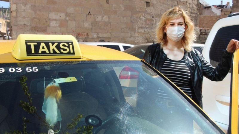 Kapadokya'nın Tek Kadın Taksicisine Meslektaşlarından Tehdit!