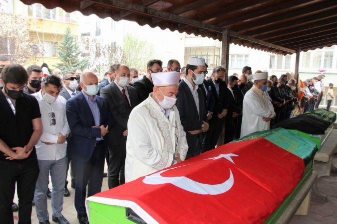 Nevşehir'in Evladı Halil Uluer ve Eşi Son Yolculuğuna Uğurlandı