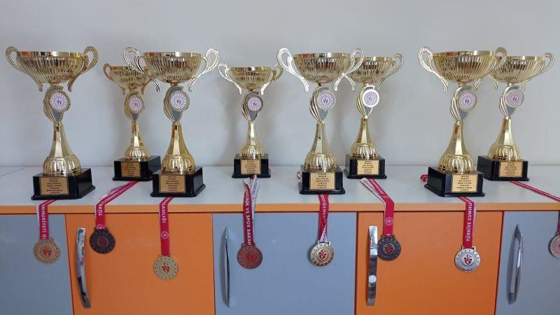 Kardelen Koleji Satranç Turnuvasına Damga Vurdu