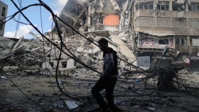 İşgalici İsrail Güçleri 10 Yaşındaki Filistinli Çocuğu Gözaltına Aldı