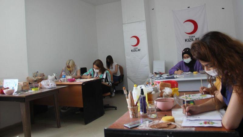Kızılay Nevşehir, Meslek Edindirme Kurslarıyla Bacasız Fabrika!