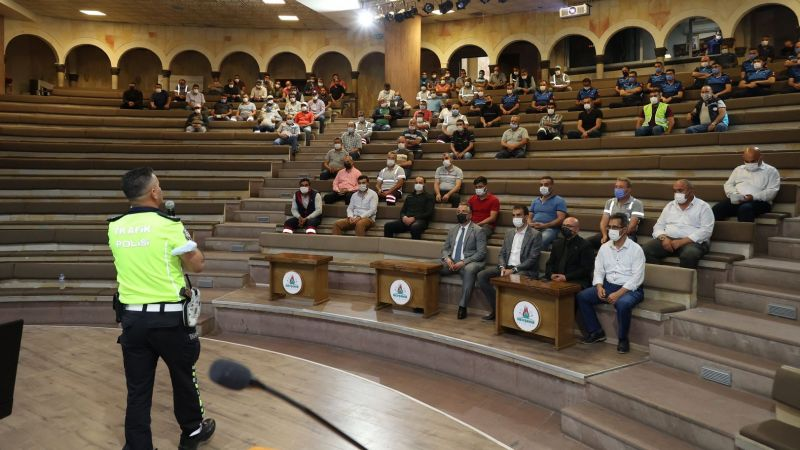 Belediye Şoförlerine Eğitim Semineri
