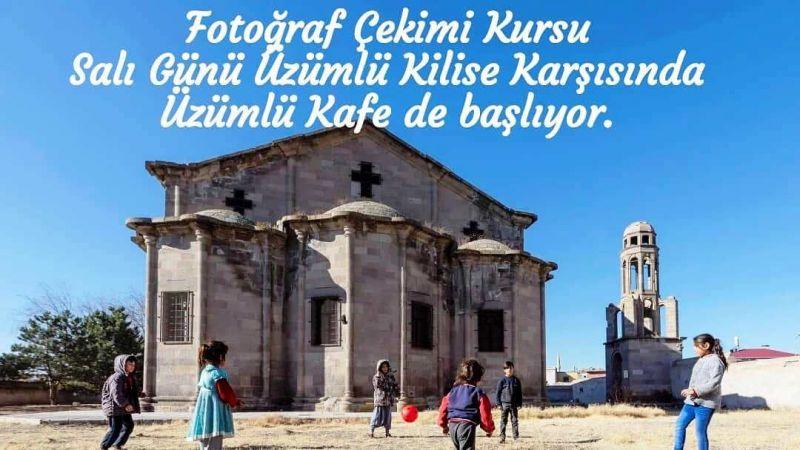 Tarihi Kilisede Fotoğrafçılık Kursu Başlıyor