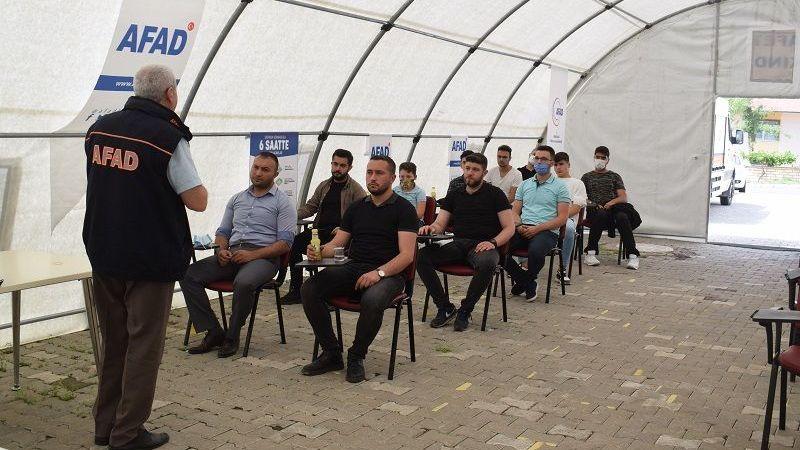 Nevşehir Ülkü Ocakları'ndan  AFAD Eğitim Çadırına Ziyaret