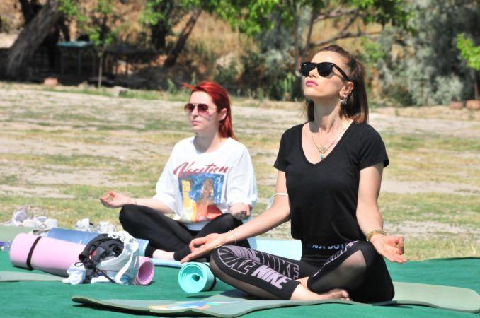 Hindistan Ankara Büyükelçiliği'nce Kapadokya'da Yoga Etkinliği
