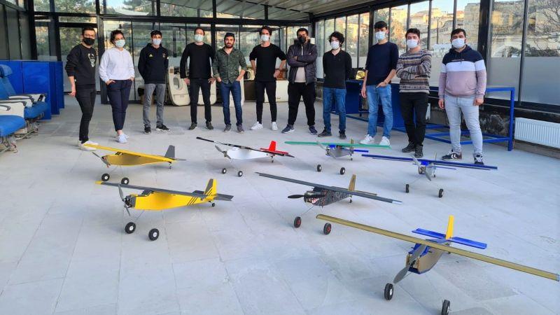 Kapadokya Üniversitesi Öğrencilerinin Model Uçakları Gökyüzüne Yükseldi