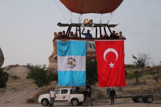 Türkiye ve Guatemala Kapadokya'da Diplomatik Ilişkileri Kutladı