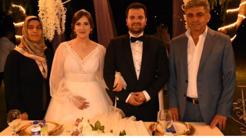 Başkan  Cengiz Çavdar Genç Çiftlerin Nikahını Kıydı