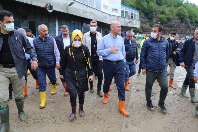 İçişleri Bakanı Süleyman Soylu Sel Bölgesinde
