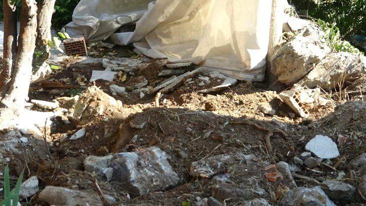 Fidye İçin Kaçırdıkları Şahsı Para Alamayınca Öldürüp Bahçeye Gömdüler