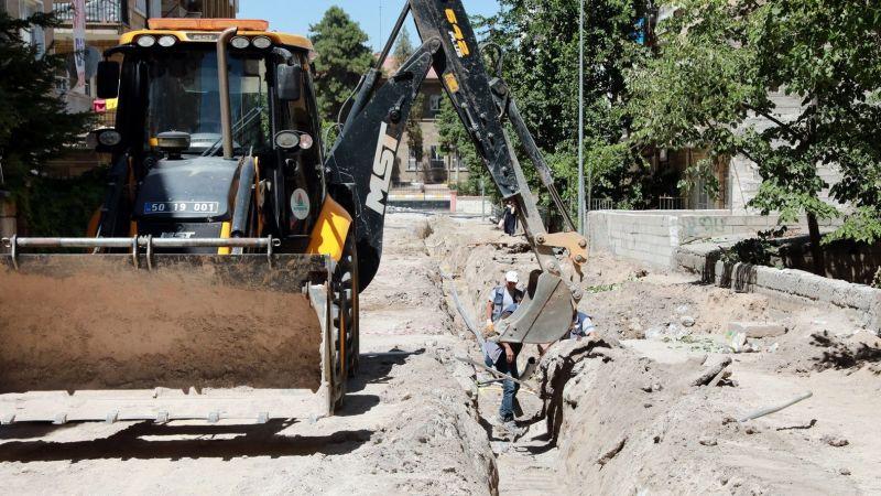 Yeni Mahallede İçme Suyu Hattı Yenileniyor