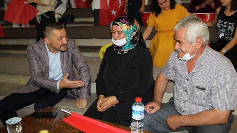 Milletvekili Açıkgöz'den Boksör Esra Yıldız'ın Ailesine Teselli