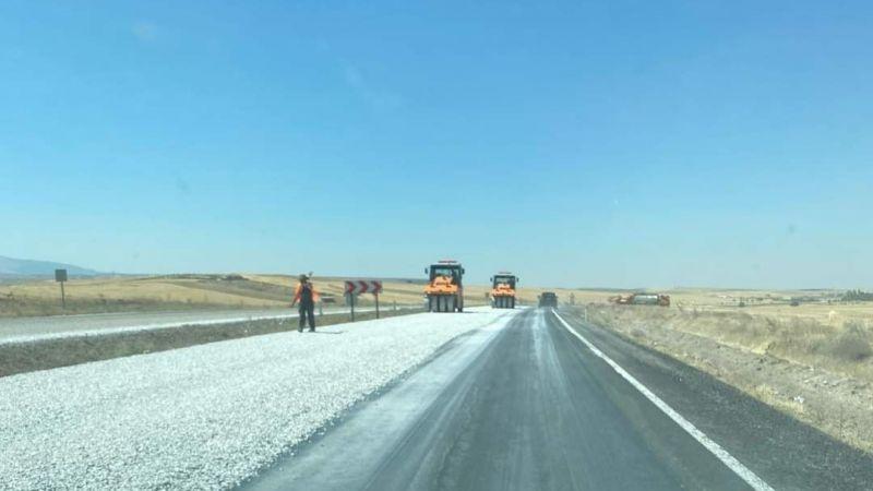 Aksaray - Nevşehir Karayolunda İlginç Asfalt Uygulaması