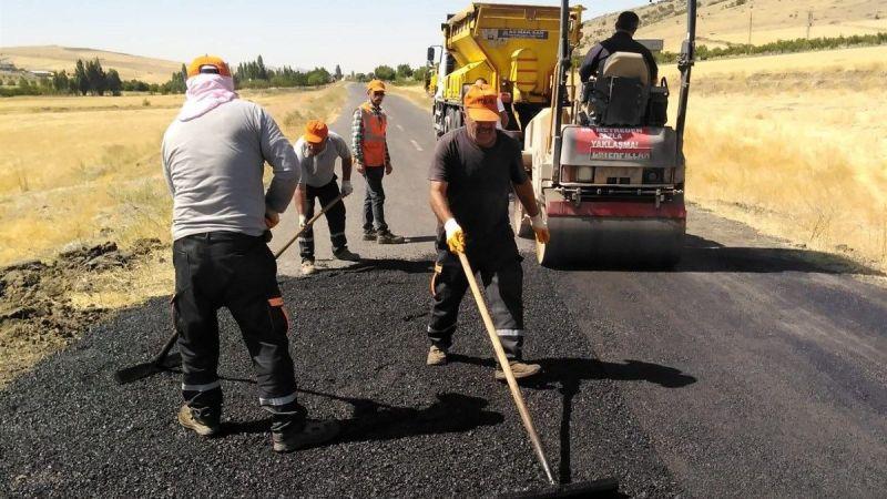 Yol Onarım Ve Yama Çalışmaları Sürüyor