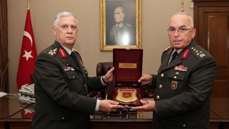 Kara Kuvvetleri Komutanlığında Devir Teslim Töreni Düzenlendi
