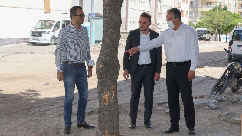 Başkan Savran Belediye Ekiplerinin Çalışma Alanlarında İncelemelerde Bulundu