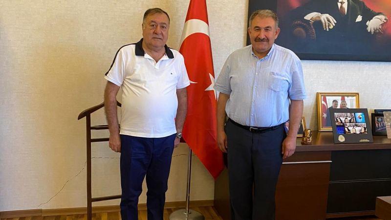 Nevşehir'in Almanya'daki Fahri Elçisi Salih Taşdirek Başkan Parmaksız'ı Ziyaret Etti