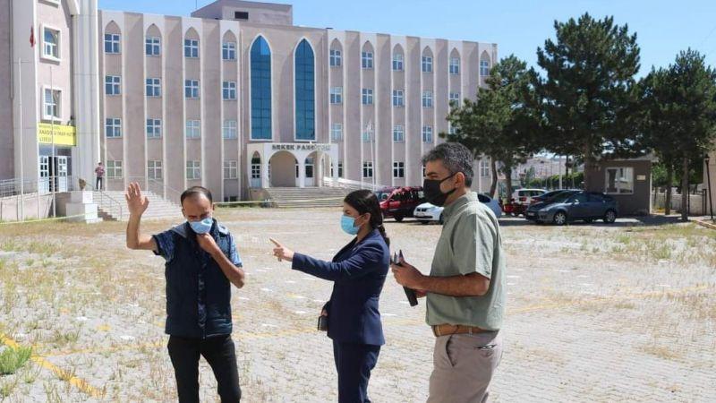Kaymakam Yıldız Okulları Ziyaret Etti