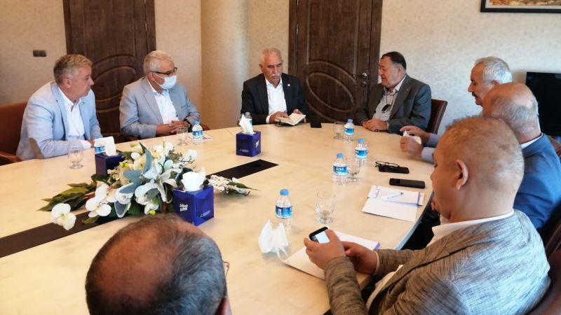 CHP Heyetinden Başkan Parmaksız'a Ziyaret