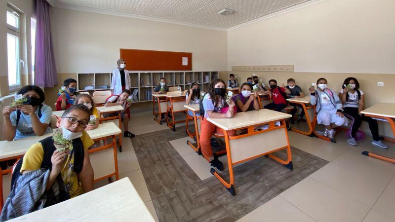 Mutlu Bireylerin Okulundan Mutlu Evlere