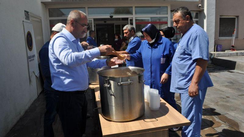 Nevşehir'de Birlik Vakfından 2 bin Kişiye Aşure İkramı