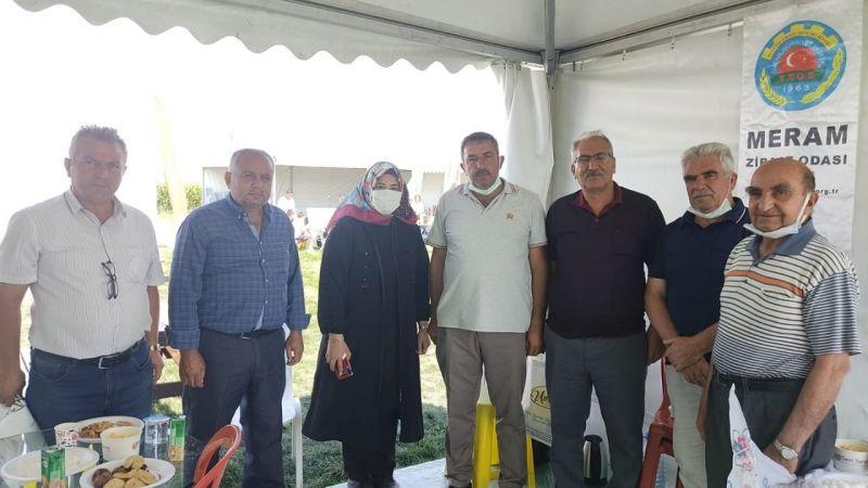 Başkan Kaya'dan Meram Ziraat Odası Standına Ziyaret