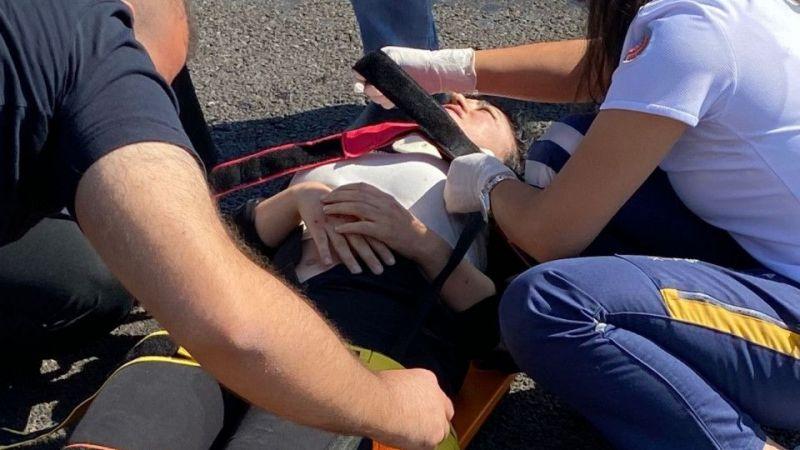 Kayseri Nevşehir Karayolu'nda Otomobil Takla Attı: 2 Yaralı