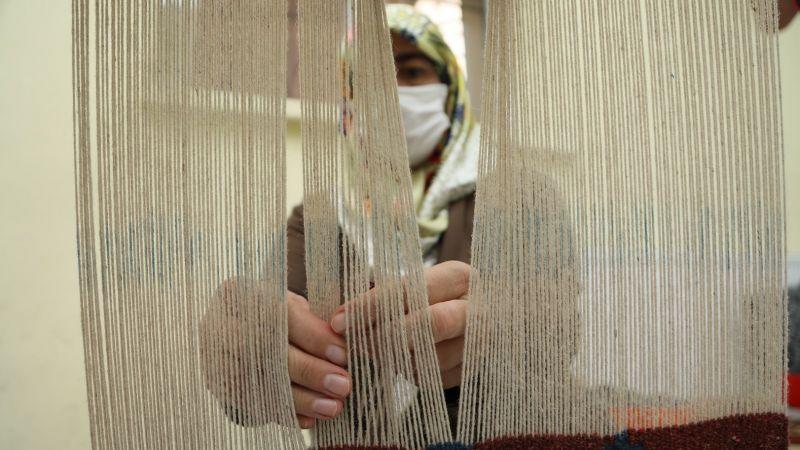 KAÇEM'de Kadınlar İçin Halı Dokuma Kursu Açılıyor