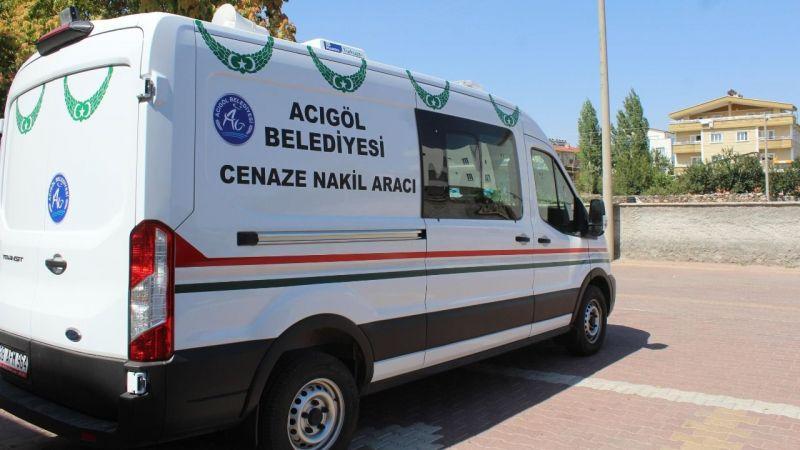 Hayırsever Aileden Acıgöl Belediyesi'ne Cenaze Nakil Aracı Bağışı