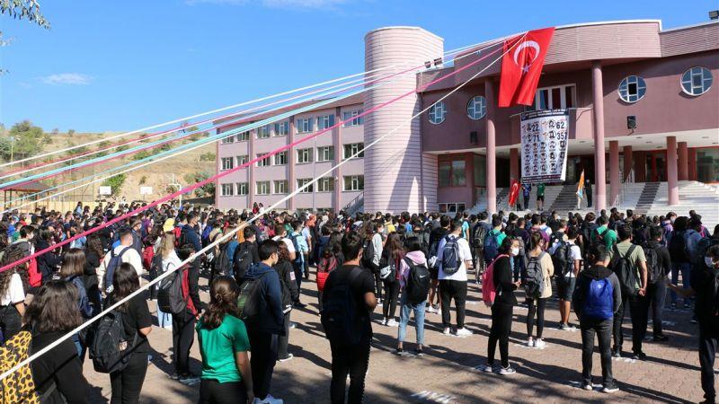 Altınyıldız Fen ve Anadolu Lisesi Muhteşem Açılışla ''Merhaba'' Dedi