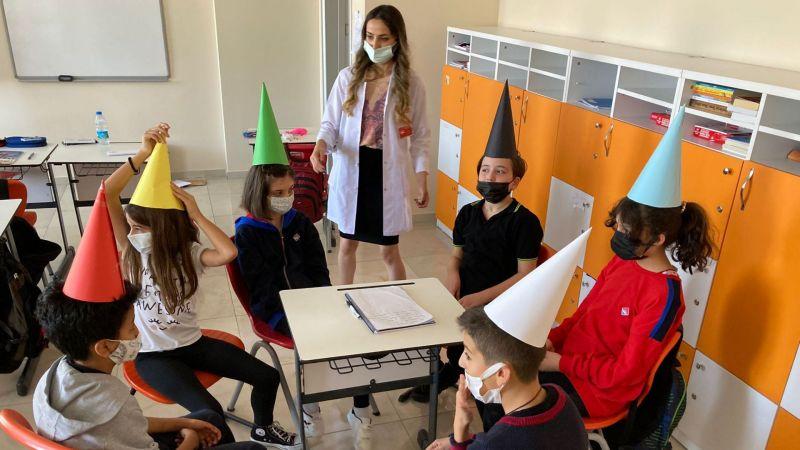 """Bahçeşehir Koleji'nde """"6 Şapkalı Düşünme Tekniği"""" Oryantasyonu Yapıldı"""