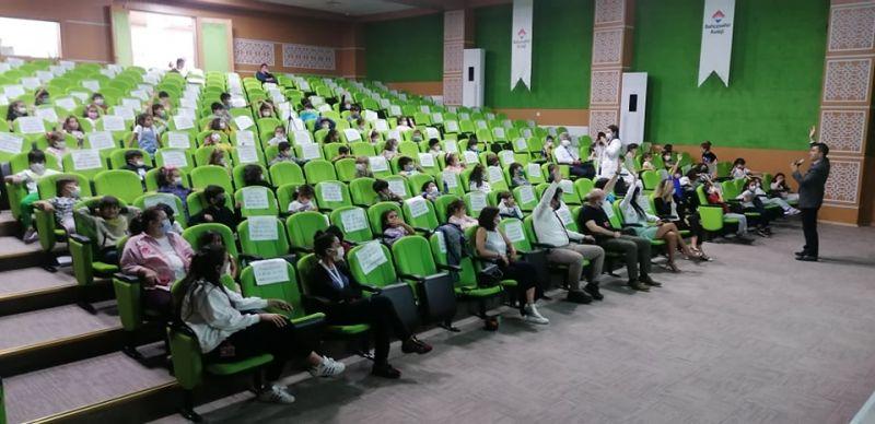 Bahçeşehir Koleji İlkokulu'nda Kulüp Çalışmaları Tanıtımı Yapıldı