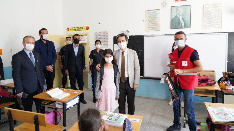 Kızılay Ürgüp Temsilciliği'nden Köy Okuluna Yardım