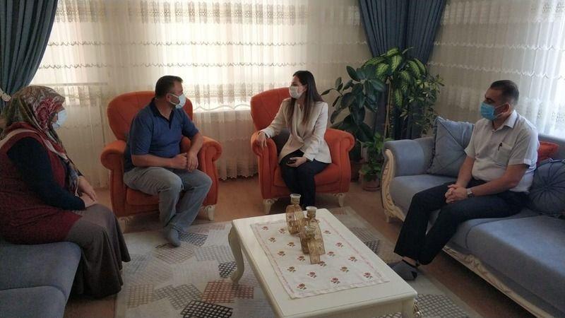 Gülşehir Kaymakamı Polat, Gülpınar'da Şehit Ailesini Ziyaret Etti