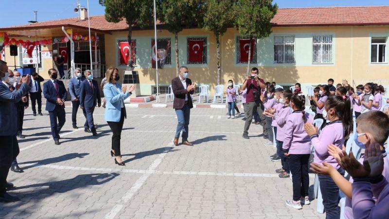 Nevşehir'de İlköğretim Haftası Kutlandı