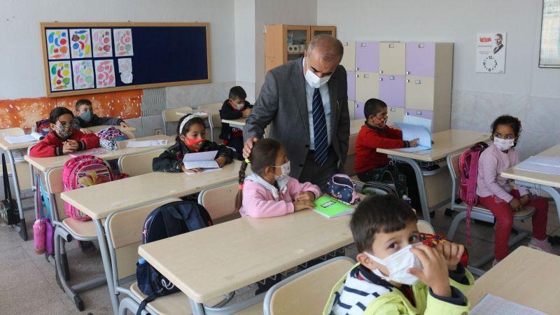 İl Millî Eğitim Müdürü Demir Köy Okullarında Salgın Tedbirlerini İnceledi