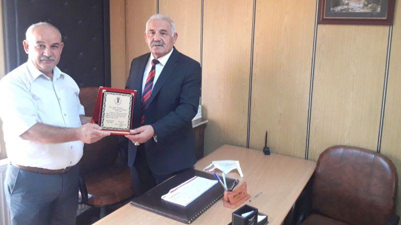 Avanos Esnaf Odasından Başkan Pınarbaşı'ya Plaket