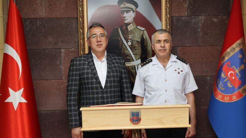 Başkan Savran'dan Alay Komutanı Yakın'a Hayırlı Olsun Ziyareti