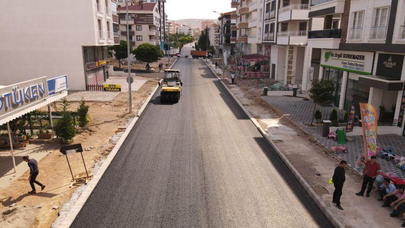 Sıcak Asfalt Serimi 15 Temmuz Mahallesi'nde Başlandı