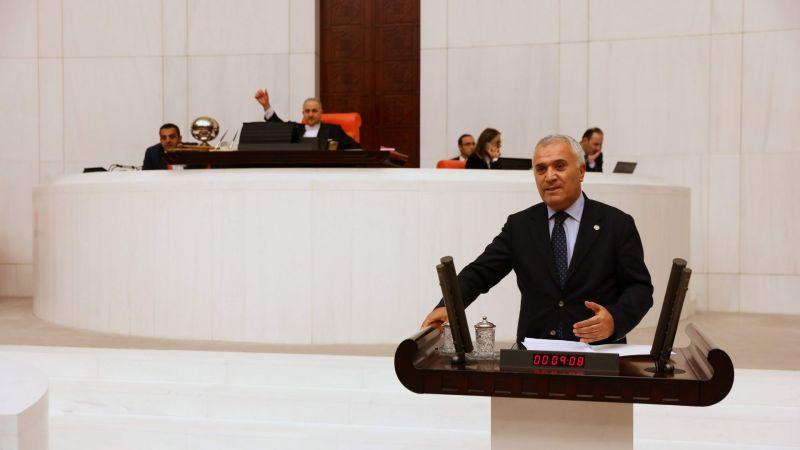CHP'li 26 Milletvekili Krize Dönüşen Yurt Sorunu İçin Araştırma Önergesi Verdi