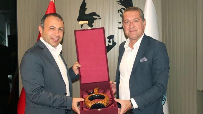 Bozcaada Belediye Başkanından İbaş'a Ziyaret