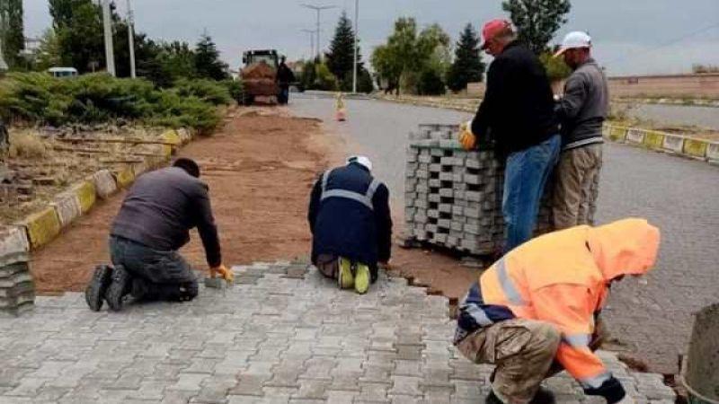 Gülşehir Belediyesi Yağmur- Çamur Demeden Çalışıyor