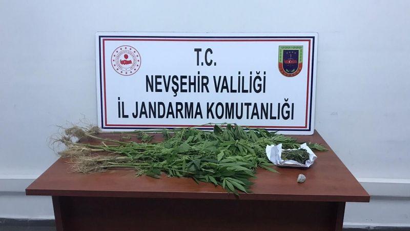 Jandarma Ekiplerinden Şok Uyuşturucu Baskını