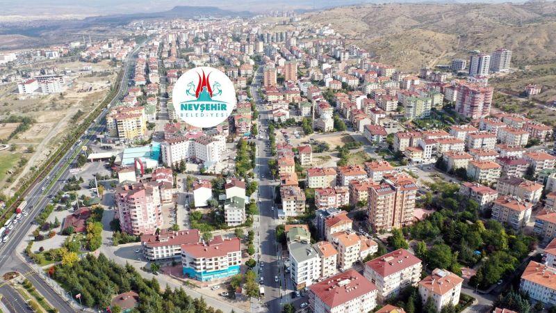 Nevşehir'in Mahallelerinde Sıcak Asfalt Çalışmaları Sürüyor