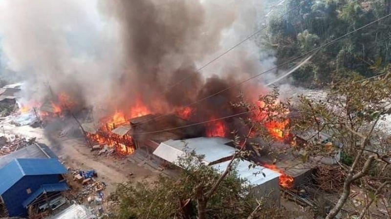 40 ev yandı